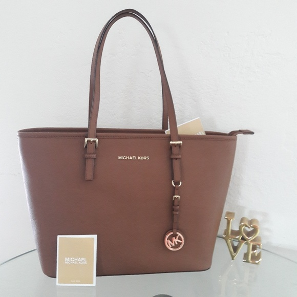 3961a8398898b NWT MICHAEL KORS LEATHER JET SET TRAVEL TOTE BAG